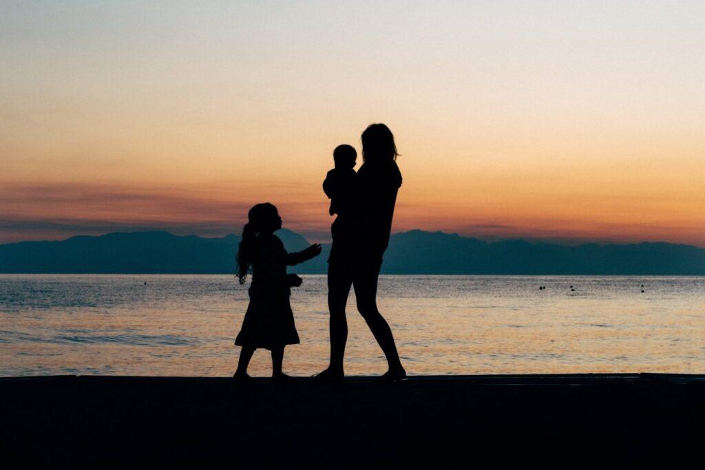 silhouette famiglia